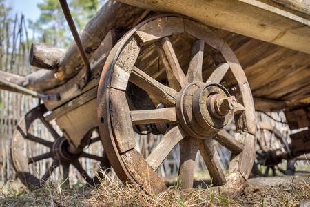 waggon: old wooden waggon dray weels