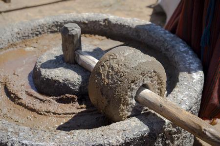 고대의 올리브 오일 생산 기계, 석재 공장 및 기계 프레스, 올리브 오일 밀 스톡 콘텐츠 - 41187582