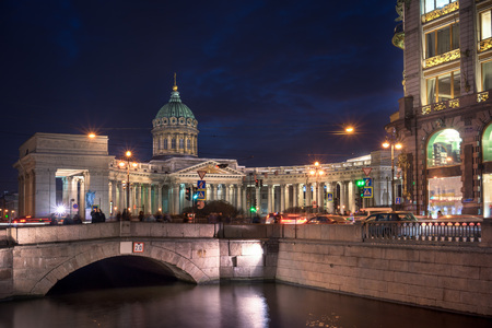 kazanskiy: Kazan Cathedral or Kazanskiy Kafedralniy Sobor at night, St. Petersburg