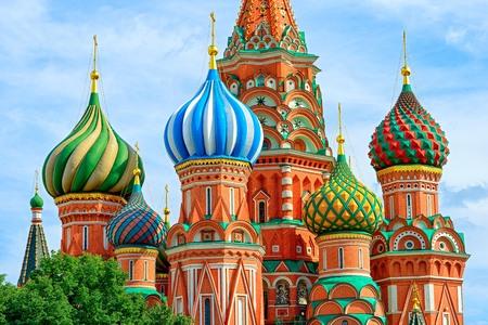 Koepels van de beroemde hoofd van de St. Basil's Cathedral op het Rode Plein, Moskou, Rusland