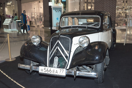 grille: Moscow, Russia - April 02, 2017: Citroen 11c, Traction Avant, France 1953. Retro car exibition in shopping mall Metropolis.