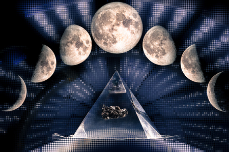 Phases of the Moon: waxing crescent, first quarter, waxing gibbous, full moon, waning gibbous, third guarter, waning crescent, new moon. Sacred geometry,