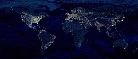 Luci della città della mappa del mondo e collage concettuale di tecnologia scura della scheda madre ciao.
