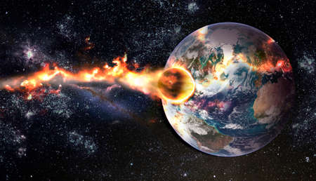 Comet, asteroid, meteorite glows, attacks, enters falls attacks the earth's atmosphere. End of the world. Collision of asteroid with the planet Earth. Stockfoto