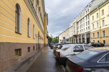 street with parked cars in St. Petersburg, buildings in the classical style, the city, the facade of buildings