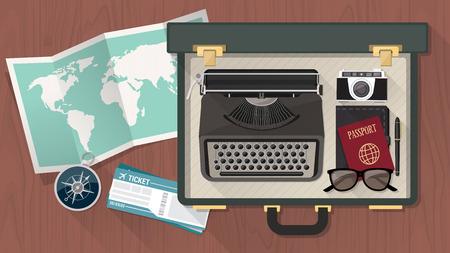 billets d avion: Reporter et �crivain vintage suitcase ouvert avec une salle de machine � �crire des billets carte du monde passeport d'avion et haut de la boussole vue