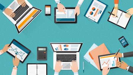 비즈니스 팀 사무실 책상에서 함께 작업, 그들은 노트북을 사용 하 고 재무 보고서, 기업 관리 및 회계 개념을 검사 일러스트