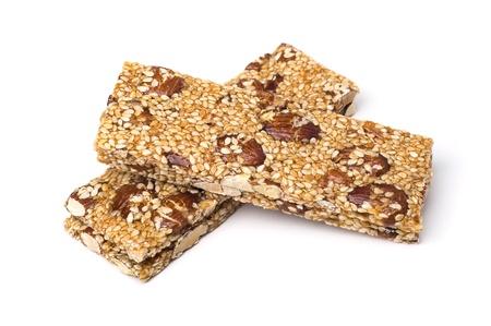 barra de cereal: Aperitivos de cereales aisladas