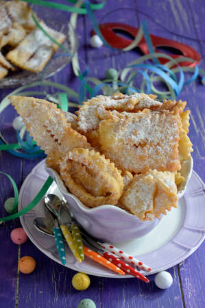 chiacchiere: Chiacchiere, typical Italian fried pastries of the carnival period