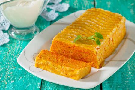 sour cream: Carrot casserole with sour cream sweet cream