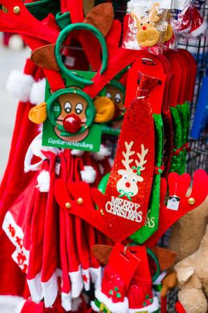 Sales booth during the Christmas season. Standard-Bild