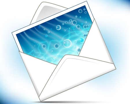 Busta di posta con cartolina mare brillante