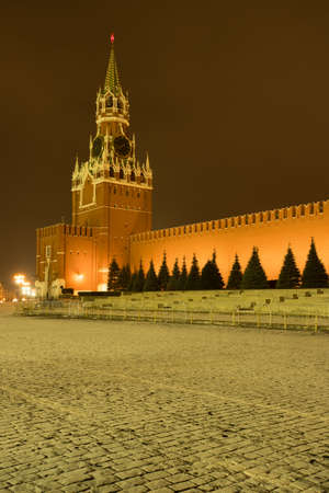 Spasskaya Tower And Kremlin Wall On Red Square In Evening Time At Winter In Moscow. 版權商用圖片