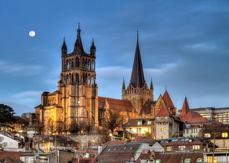 De kathedraal van Notre Dame van Lausanne, Zwitserland, HDR Stockfoto