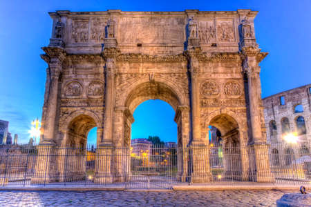 constantino: Arch of Constantine by night in Rome, Italy, HDR
