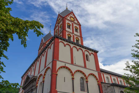 Collegiate Church of St. Bartholomew, Liege, Belgium Banque d'images - 157347324
