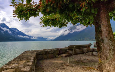Brienz lake and Alps mountains, Switzerland Banque d'images