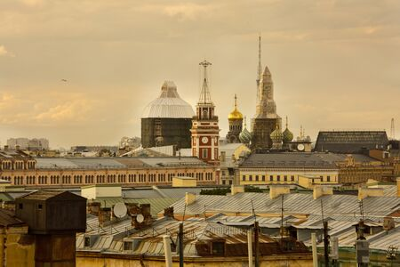 SAINT-PETERSBURG, RUSSIA. 04 JUNE 2018. View from the roof on the tower of City Duma and  the Church of the Savior on Blood  in St. Petersburg, Russia. 報道画像