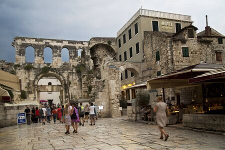 SPLIT, CROATIA. 16 AUGUST 2018. View of the ruins of the Diocleants Palace in Split, Croatia. Redakční