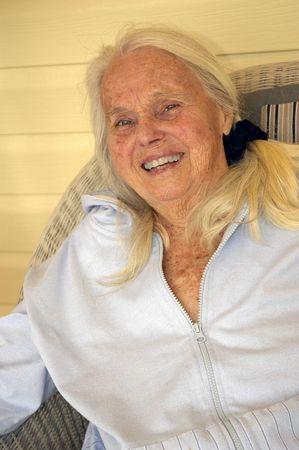 Groot Grootmoeder lachen. Stockfoto