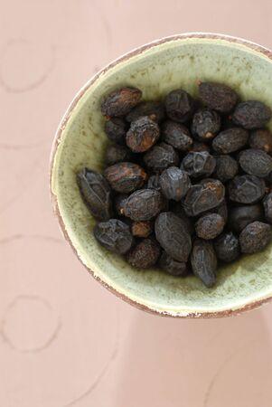 Hele Saw Palmetto zaden worden gebruikt in herbalisme voor de gezondheid van mannen Stockfoto