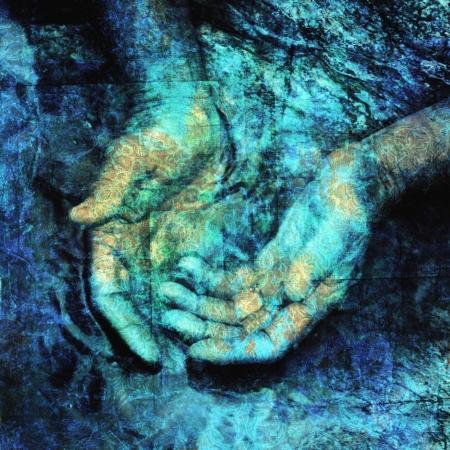 Mystieke handen in het water. Foto gebaseerd illustratie.