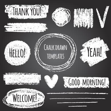 forme: Craie ou crayon dessiné éléments graphiques de collecte - coups, rayures, cadres, rectangle, formes ovales et rondes, cardiaques, cocher. Formes craie sur tableau noir avec lettrage - Merci, bonjour, bienvenue