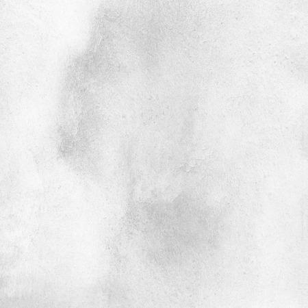 Weiß, hellgrau, farblose Aquarellbeschaffenheit. Abstrakt gemalt monochrome Hintergrund mit grauem Aquarell Flecken. Marmor, weiße Steinoberfläche Nachahmung. Standard-Bild