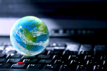 negocios internacionales: Concepto de la conectividad a Internet a nivel mundial o internacional de negocios