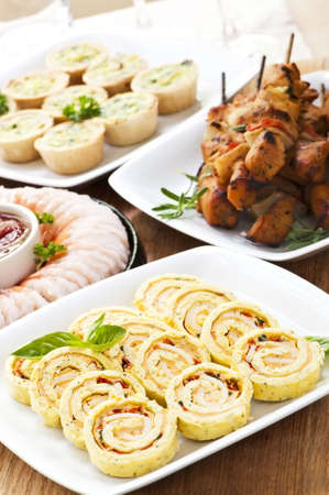 morsels: Many dishes of bite size appetizers and party food