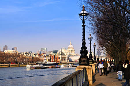 st pauls: View of St. Pauls Cathedral from South Bank of Thames river in London