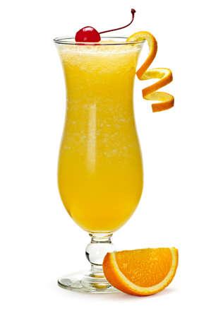 sappen: Glass of orange drankje in de cocktail glas orkaan