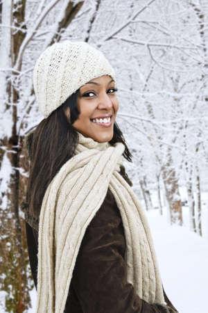 winter woman: Portrait of happy woman outdoors in winter