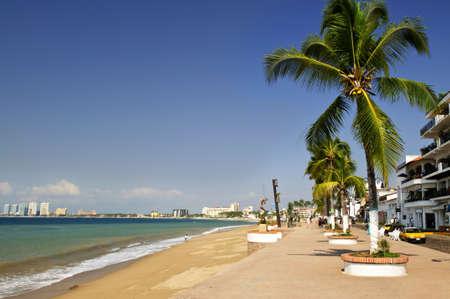 pacífico: Vacation at Puerto Vallarta beach on Pacific coast of Mexico