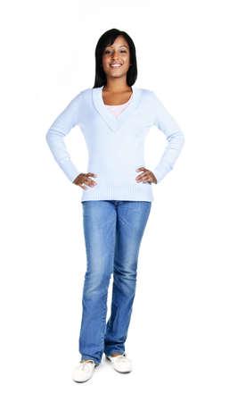 full: Seguros de mujer negra de pie aislados sobre fondo blanco