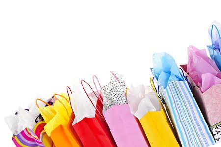 흰색 배경에 많은 다채로운 쇼핑백