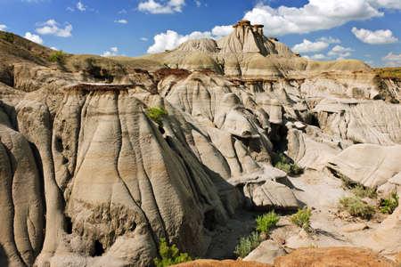 hoodoos: View of the Badlands and hoodoos in Dinosaur provincial park, Alberta, Canada