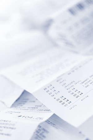 失う杭に紙レジの領収書をクローズ アップ