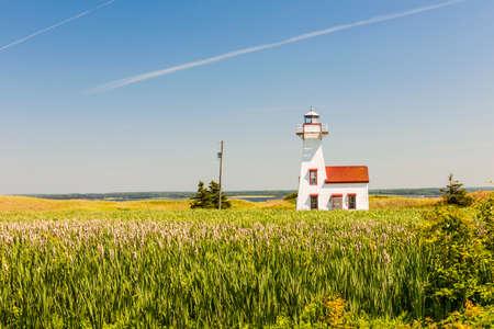 New London Range Rear Lighthouse in Queens County, Prince Edward Island, Canada 版權商用圖片 - 31485956