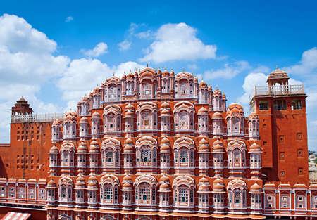 Знаменитая достопримечательность Раджастхана - дворец Хава Махал (Дворец Ветров), Джайпур, Раджастхан