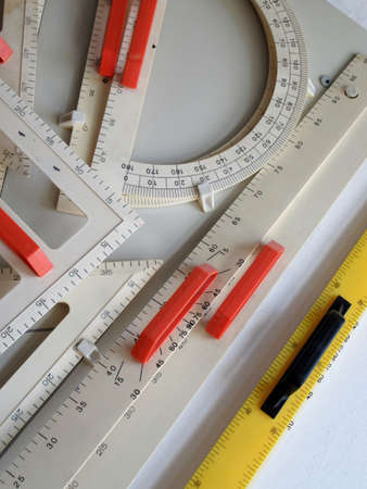 quantity surveyor: geometry instruments. Rows and protractor