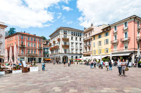 LUGANO, SWITZERLAND - MAY 29, 2014  Piazza Riforma with bars and restaurants in the historic center of Lugano 新聞圖片