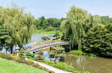 Chicago Botanic Garden, bridge to the Japanese Garden area, USA Reklamní fotografie