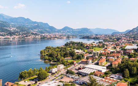 Lake Garlate, is located in the province of Lecco and to the south of Lake Como, Italy 版權商用圖片