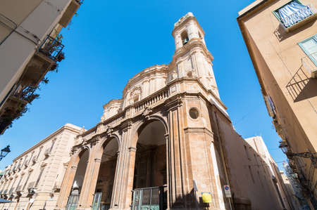 Cathedral of San Lorenzo in the historic center of Trapani, Sicily, Italy. 版權商用圖片