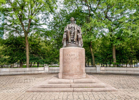 abraham: Abraham Lincoln Statues in Grant Park, Chicago, Illinois