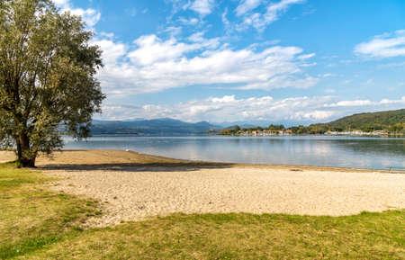 Landscape of Cicognola beach between Lake Maggiore and the Ticino river in Castelletto sopra Ticino, Piedmont, Italy 版權商用圖片