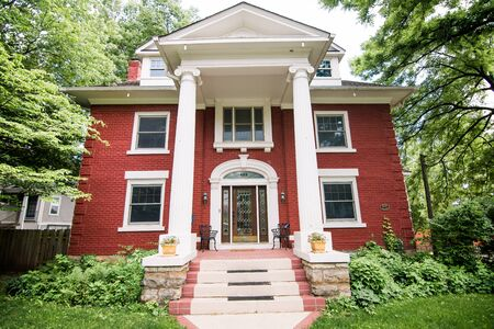 Beautiful colonial home in historic Dougherty neighborhood, Independence Missouri
