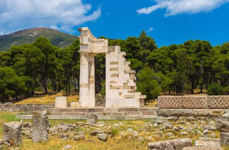 esculapio: ruinas de Asclepeion, Argolida, Grecia Foto de archivo
