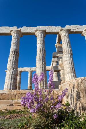ruins ot the temple of Poseidon Imagens - 123859693